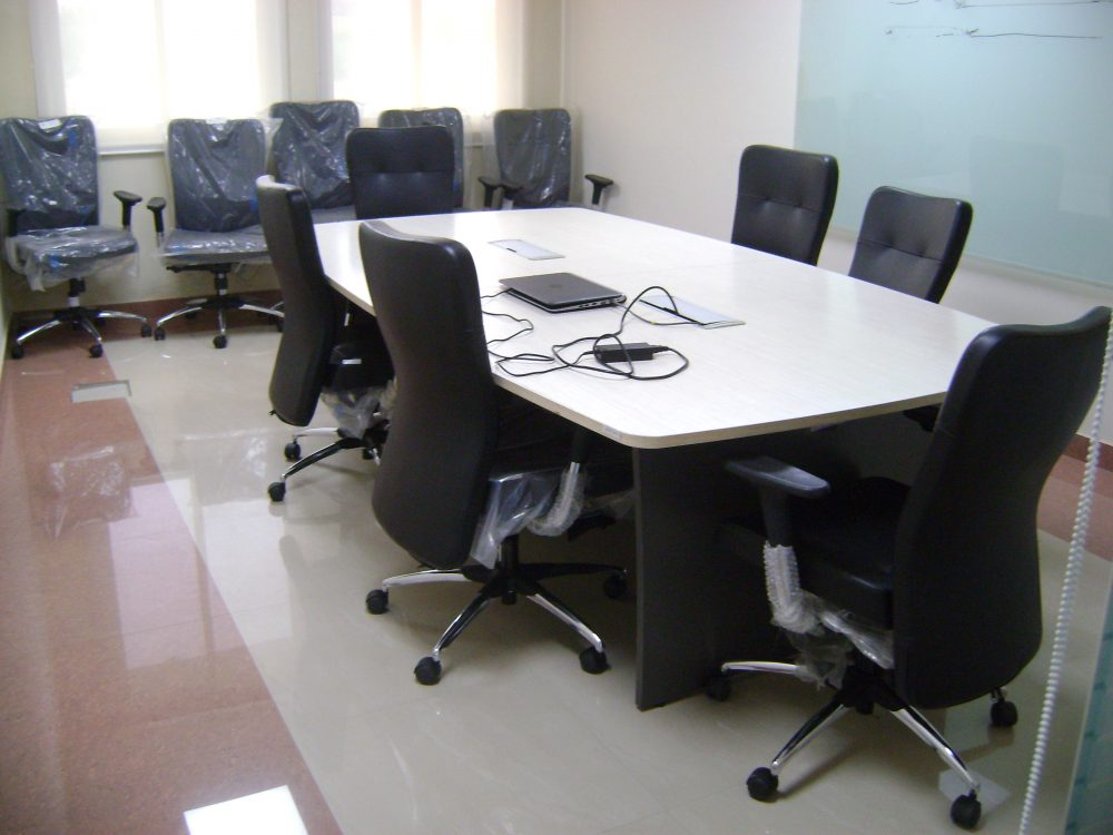 10 Seater Meeting Room